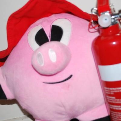 Stinky the pig firefighter 400x400 Spirit